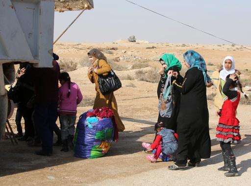 1万3000世帯が市外脱出、武装集団が掌握のイラク・ファルージャ