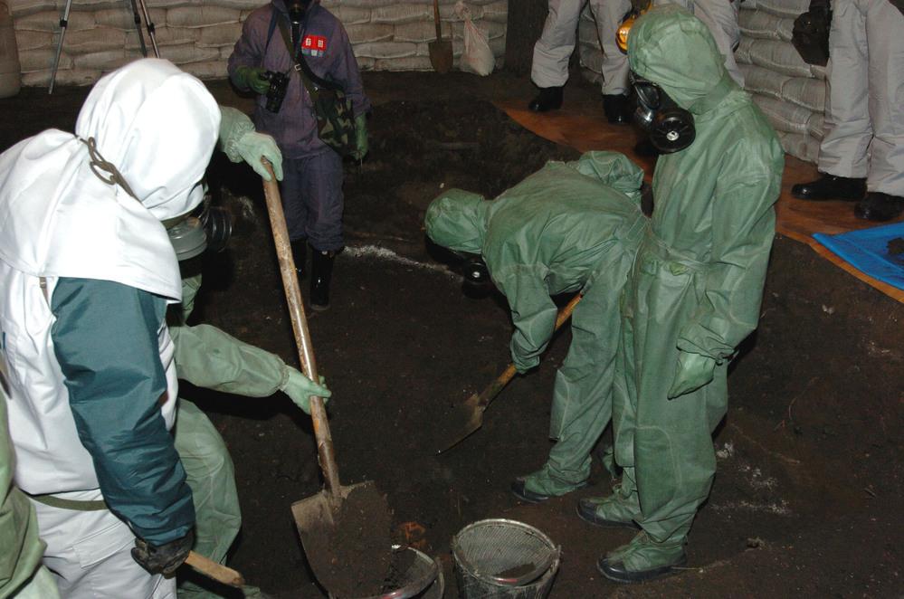 国際ニュース:AFPBB Newsハルビンで日本遺棄化学兵器の移動式廃棄処理始まる