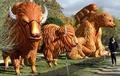 植物園で楽しむ巨大ランタン、動物や恐竜が勢ぞろい 仏パリ