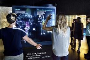 世界初「微生物動物園」、蘭アムステルダムにオープン