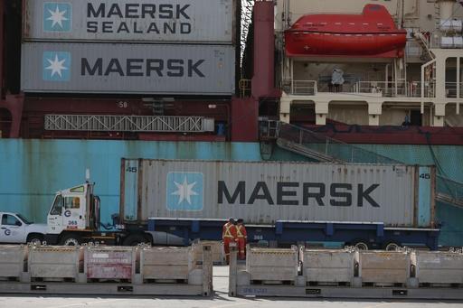 フィリピンが返送した廃棄物、カナダに到着 コンテナ69個分