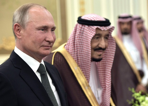 ロシアとサウジ、「OPECプラス」の協力強化で合意 大統領訪問で署名