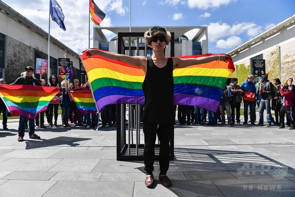 チェチェン同性愛者迫害疑惑、ロ大統領が調査支援 独首相が要請