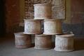 牛のふんから食器生み出す、イタリア「シット・ミュージアム」