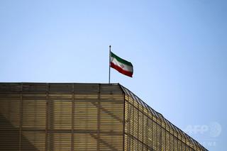 7歳女児をレイプ殺人、犯人の男を公開で絞首刑に イラン