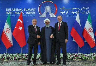 イラン、ロシア、トルコがシリア内戦で協議 溝埋まらず