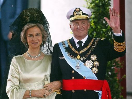 スペイン国王が退位、後継はフェリペ皇太子に