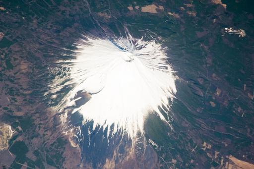 NASAがとらえた富士山の写真