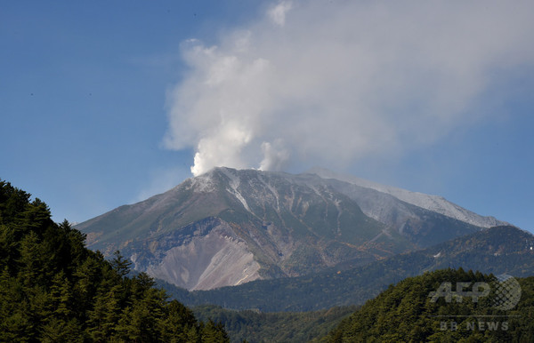 御嶽山の噴火、47人の死亡を確認