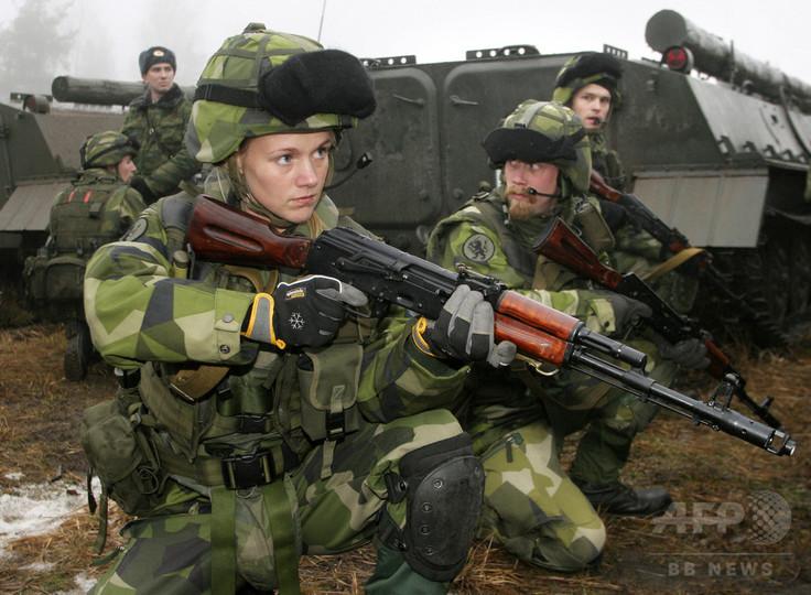 スウェーデン徴兵制復活 ロシアの脅威に対応、女性も対象
