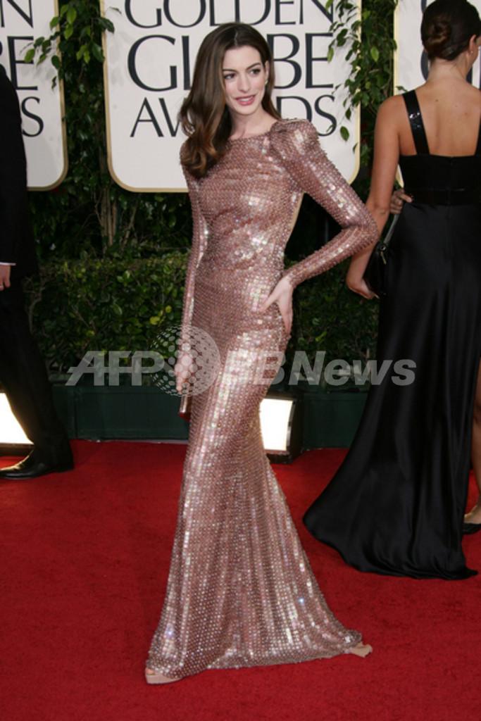 第68回ゴールデン・グローブ賞のファッションをチェック、ピンクの ...