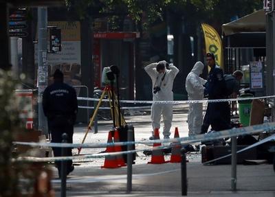 ハンガリー首都爆発は「警察狙った爆弾攻撃」 20代若者の犯行か