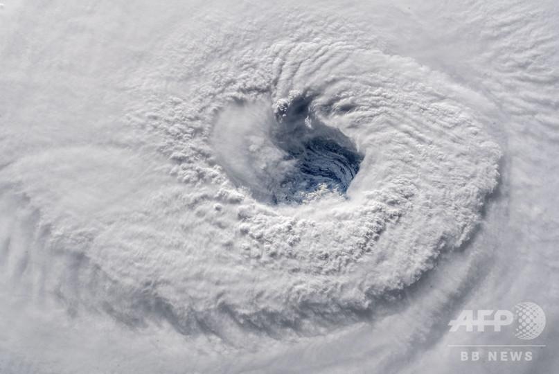 ハリケーン「フローレンス」、勢力維持し米東海岸に進行 壊滅的被害の恐れ