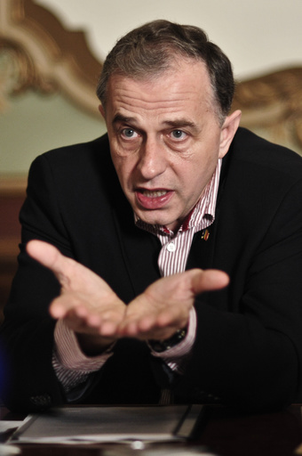 NATO次期事務次長にルーマニア元外相、旧東側から初