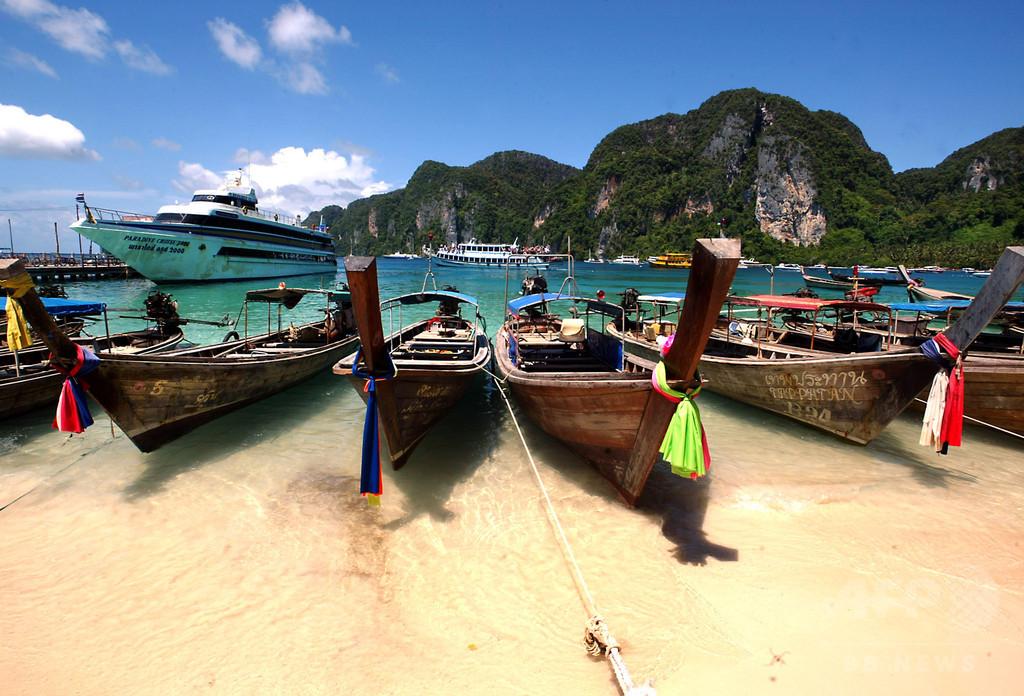 映画『ザ・ビーチ』の浜辺、6月から閉鎖 観光客殺到で環境被害 タイ