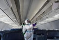 イタリア発着の旅客機、座席上の荷物棚の使用禁止 コロナ対策で