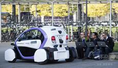 アマゾンも自動運転車を研究中