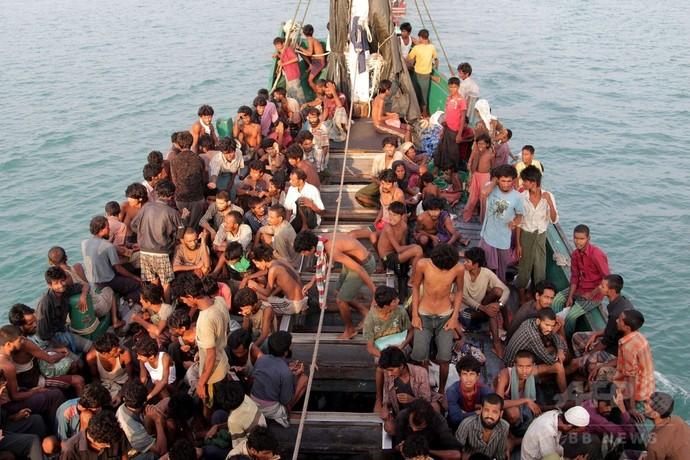 マレーシアが難民救助命令、上陸拒否撤回後初の積極的対応