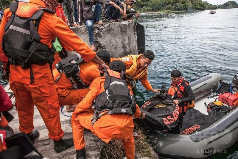 インドネシアの客船沈没事故、行方不明者数は192人に