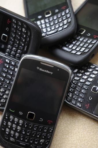 ブラックベリー、通信障害解決もユーザーの怒り収まらず