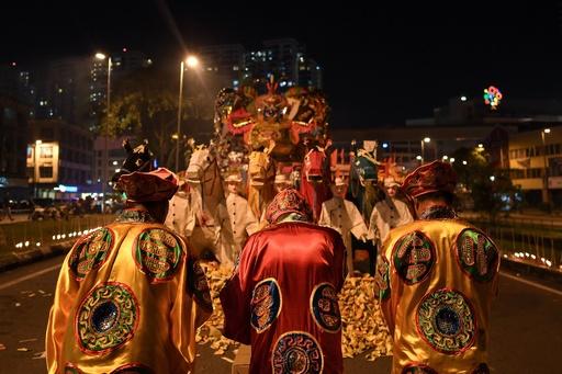 道教の道士、「人間蒸し」の儀式で死亡 マレーシア