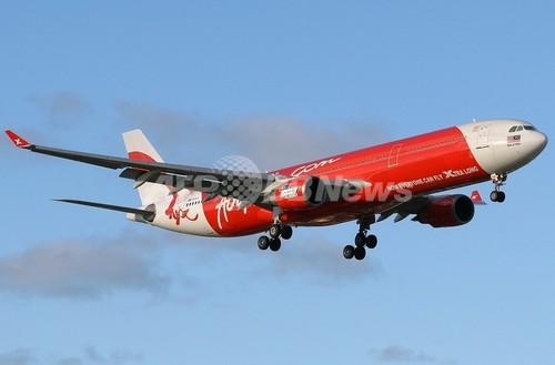 空の上で赤ちゃん誕生、母子に「生涯タダ乗り権」を贈呈 エアアジア航空