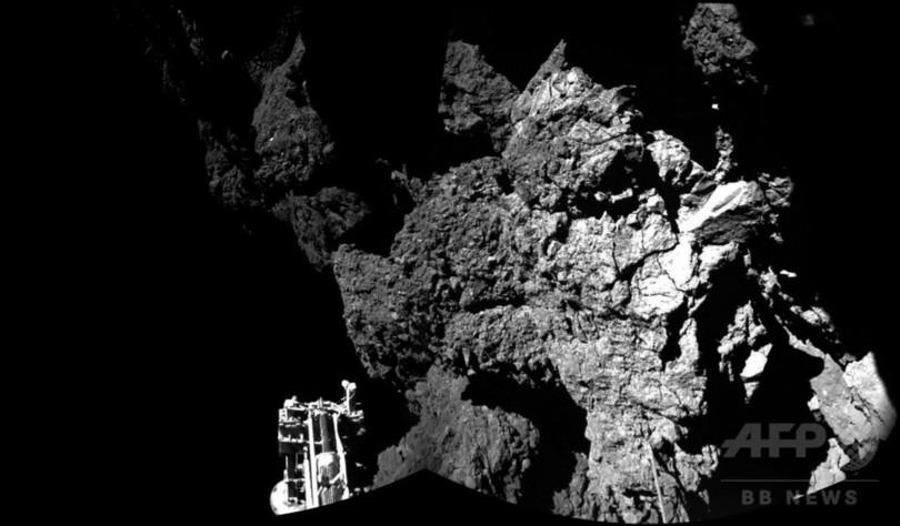 彗星で「有機分子」検出、着陸機フィラエ