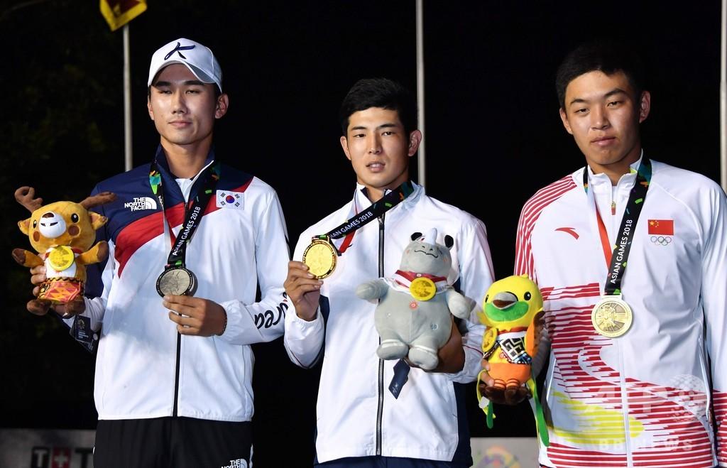 中島が男子ゴルフ2冠、団体でも金メダル アジア大会