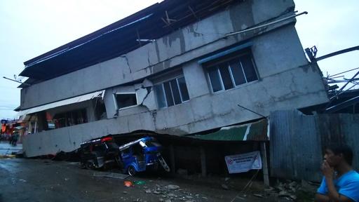 フィリピン南部でM6.8の地震、子ども1人死亡