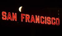 世界各地で皆既月食「スーパー・ブルー・ブラッドムーン」