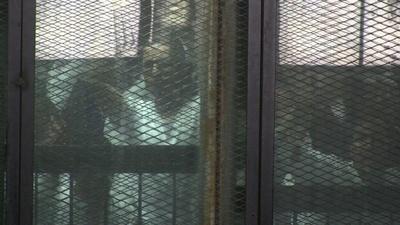 動画:エジプト裁判所、「ムスリム同胞団」指導者ら75人に死刑判決