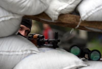 ウクライナ暫定政権、東部での「無力」認める