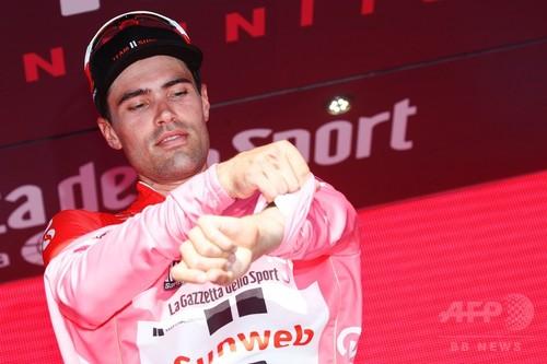 デュムランが第10ステージ制し総合首位に、キンタナは2位後退