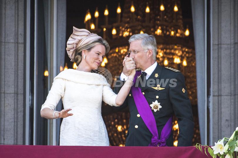 ベルギー新国王を迎える政治的時限爆弾