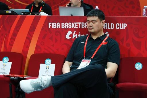 姚明氏「責任とる」 バスケ中国代表、東京五輪出場確定ならずで