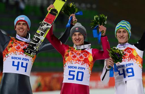 ストフがノーマルヒル金メダルを獲得、ソチ五輪