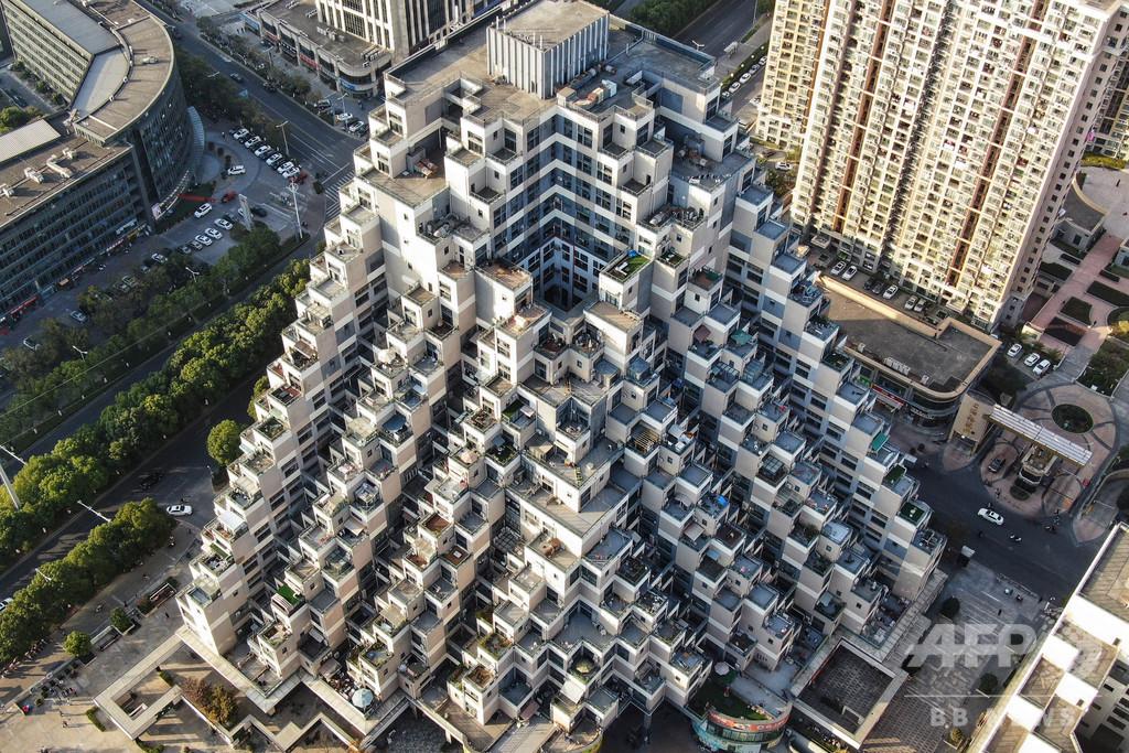 積み木のように見えると評判の建築、江蘇・昆山花橋