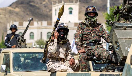 イエメン主要港付近で衝突 反政府派34人死亡