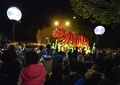豪シドニーでパレード、タロンガ動物園の開園100周年で