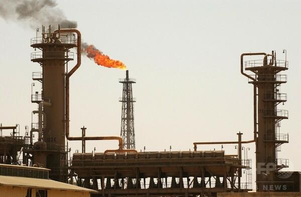 「イスラム国」、イラク最大の製油所を一部占拠