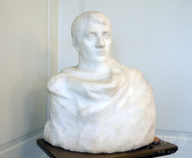 ロダン作のナポレオン胸像、米市庁舎で偶然発見 80年間誰も気づかず