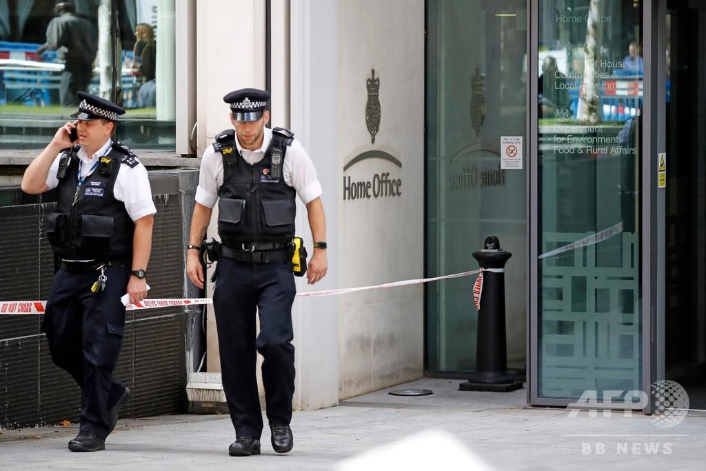 英内務省付近で男性1人刺される、傷害の疑いで男1人拘束