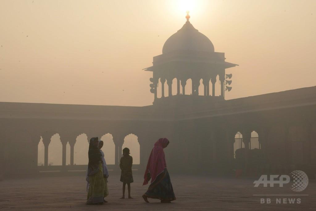 インドの大気汚染による死者数、中国に急迫 2015年報告書