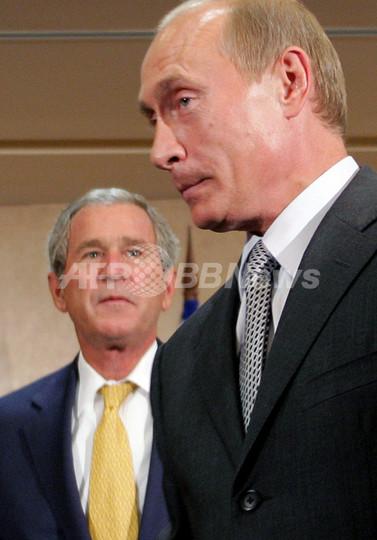 ロシアのプーチン大統領、東欧で強まる米国の影響力に警戒感