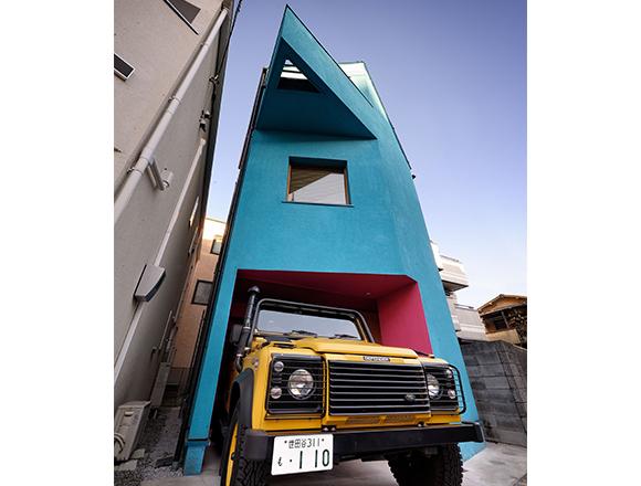 愛車は黄色のランドローバー。クリエーター家族が住む世田谷ムーミン・ハウス/クルマと暮らす22