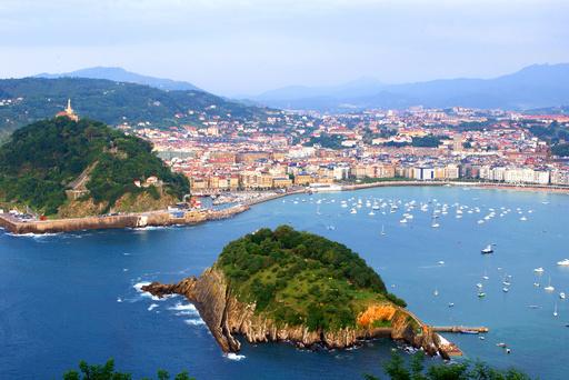 不況のスペイン、外国人には大人気 観光客数が史上最高に