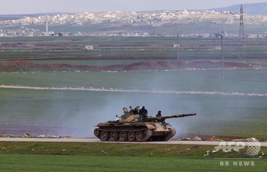 シリア北西部で政権軍とトルコ軍が交戦、70万人近く避難