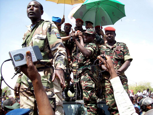 軍政当局が新憲法の制定を明言、ニジェール
