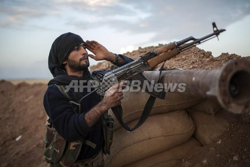 シリア、クルド人勢力とイスラム武装組織が衝突