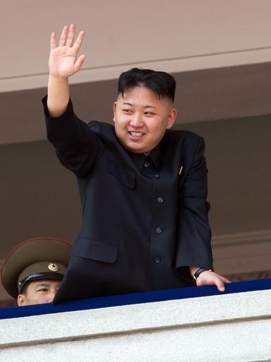 金正恩第1書記が初の肉声、金日成生誕100周年軍事パレードで